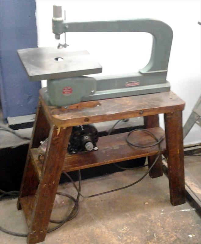 Antique Scroll Saw: US $75.00 (Chicago, Illinois