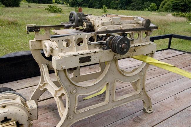 box joint cutter machine