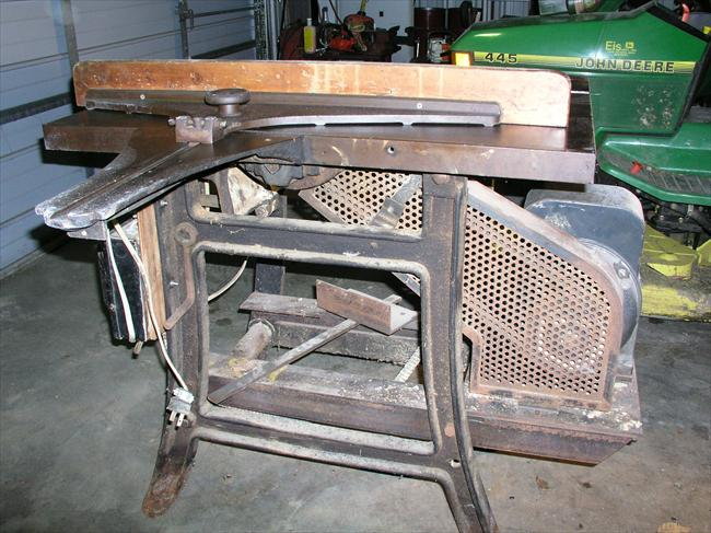 Photo Index Unknown Manufacturer 10 Fixed Arbor Lift Top Table Saw