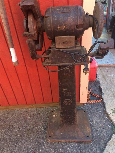 Photo Index Black Decker Manufacturing Co Ltd 10 Bench Grinder And Pedestal